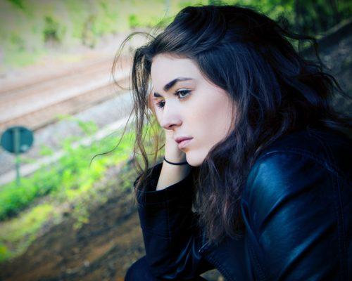 認識憂鬱症:這樣算是憂鬱症嗎?弄清憂鬱症症狀與情緒憂鬱的差別