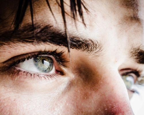 [愛情心理學]情緒調節不佳的人,又有魅力又恐怖