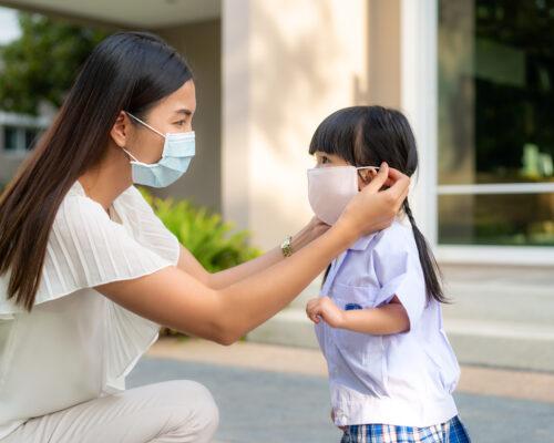 「別亂摸!」長期防疫家長壓力大,你有防疫焦慮嗎?